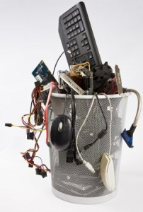depositphotos_6239320-stock-photo-electronic-scrap-in-trash-can
